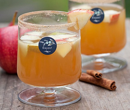 autumn-sangria-pinot-grigio-and-apple-cider